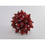 Prstan iz perlic rdečo črne barve